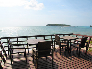 BeachSide-restaurant-2.jpg